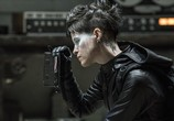 Сцена из фильма Девушка, которая застряла в паутине / The Girl in the Spider's Web (2018)