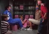 Сцена из фильма Берегись, большой брат! / Big Brother Trouble (2000) Берегись, большой брат! сцена 16