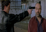 Фильм Два крутых придурка / Dos tipos duros (2003) - cцена 3