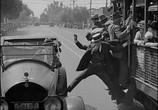 Сцена из фильма Наконец в безопасности! / Safety Last! (1923) Наконец в безопасности! сцена 10