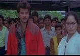 Фильм Сдержать клятву / Roop Ki Rani Choron Ka Raja (1993) - cцена 2