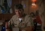 Сцена из фильма Конвоиры / Chasers (1994) Конвоиры сцена 5