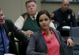 Сериал Бруклин 9-9 / Brooklyn Nine-Nine (2013) - cцена 2