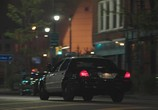 Сцена из фильма Полицейский седан / Crown Vic (2019) Полицейский седан сцена 5