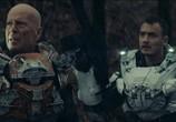 Сцена из фильма Звездный рубеж / Cosmic Sin (2021)