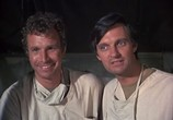 Сериал Чертова служба в госпитале М.Э.Ш / M.A.S.H (1972) - cцена 1