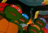 Мультфильм Черепашки мутанты ниндзя / Teenage Mutant Ninja Turtles (1987) - cцена 1
