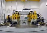 Сцена из фильма BBC. Как рождаются машины / Building Cars Live (2015) BBC. Как рождаются машины сцена 4