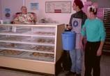 Фильм Берегись, большой брат! / Big Brother Trouble (2000) - cцена 9