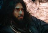 Сцена из фильма Бог грома / Mortal (2020) Бог грома сцена 2