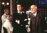 Фильм Джеймс Бонд 007: И целого мира мало / James Bond 007: The World Is Not Enough (2000) - cцена 2