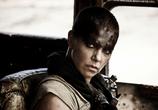 Фильм Безумный Макс: Дорога ярости / Mad Max: Fury Road (2015) - cцена 3
