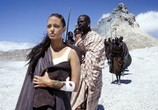 Фильм Лара Крофт: Расхитительница гробниц 2 - Колыбель жизни  / Lara Croft Tomb Raider: The Cradle of Life (2003) - cцена 3