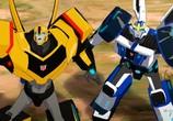 Мультфильм Трансформеры: Скрытые роботы / Transformers: Robots in Disguise (2015) - cцена 1