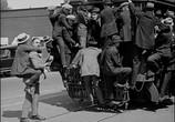 Сцена из фильма Наконец в безопасности! / Safety Last! (1923) Наконец в безопасности! сцена 8